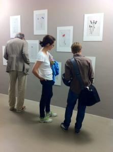 """""""Connected in Isolation"""" von Jacqueline Baum und Ursula Jakob, gezeigt in der ERES Stiftung München"""